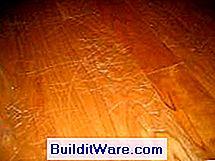 Kratzer Von Tierkrallen Auf Dem Holzboden