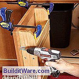 schrank t r lagerregal n tzliche hinweise zu reparieren machen sie ihre eigenen h nde. Black Bedroom Furniture Sets. Home Design Ideas